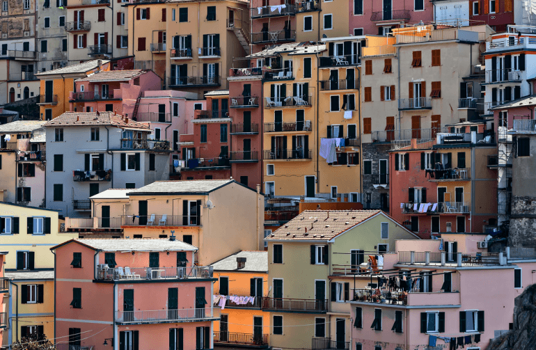 Anatomy of a Balcony - View of balconies in Italy